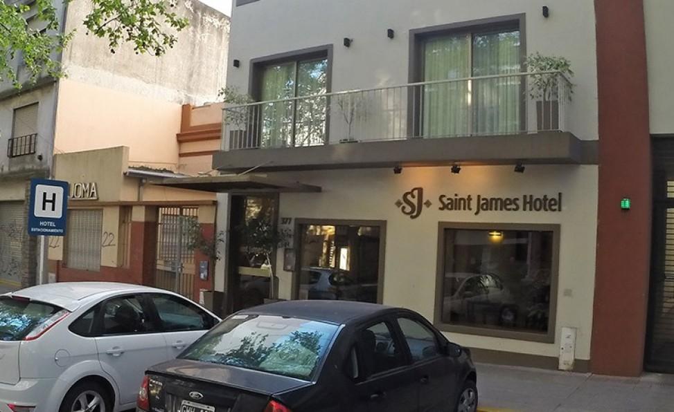 Nuestro Consejo firmó un convenio para los asociados con el Saint James Hotel, ubicado en La Plata