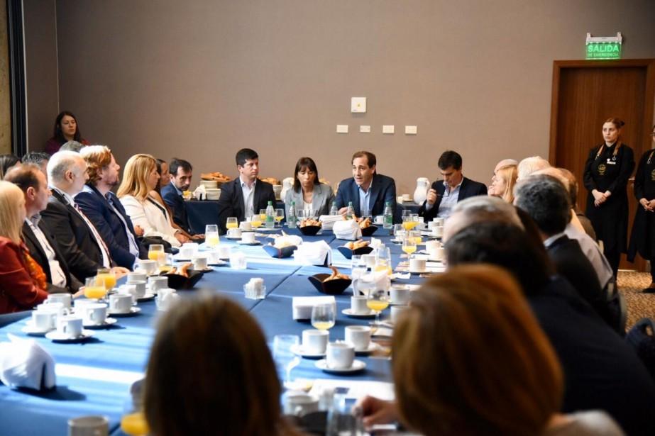El CPCIBA participó de un desayuno del trabajo con el Intendente de La Plata